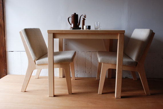 ダイニングテーブル 80cm角のカフェライク 3021