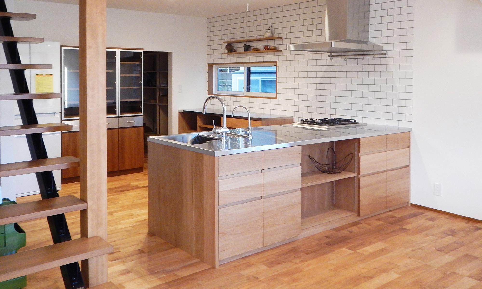 オーダーキッチン ガスオーブンとガゲナウ60cm食洗機をビルトイン 734イメージ-1