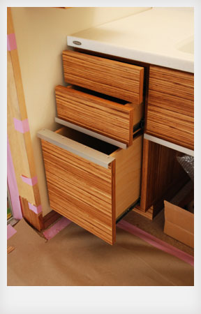 洗面カウンターと収納キャビネットと鏡のオーダー製作 c5041イメージ-2