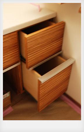 洗面カウンターと収納キャビネットと鏡のオーダー製作 c5041イメージ-3