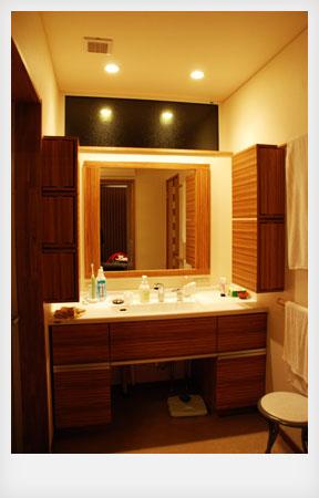 洗面カウンターと収納キャビネットと鏡のオーダー製作 c5041イメージ-5