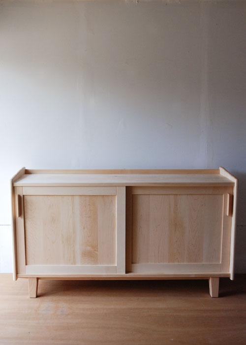 リビングボード・ダイニングボード 食器棚 ハードメープルの引戸 c5051