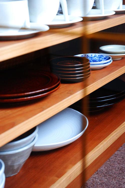両面づかいのアイランド型作業台・食器棚・カウンター 5023イメージ-1