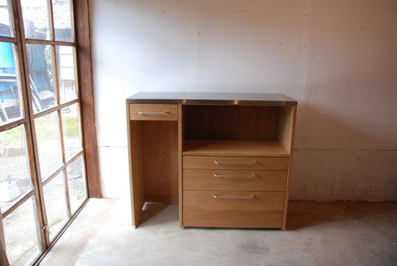 キッチンボード マンションの冷蔵庫脇にちょうどよいサイズ 5034