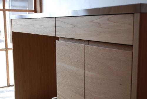 吊戸棚とステンレス天板キッチンボードをナラ材で 5040イメージ-10