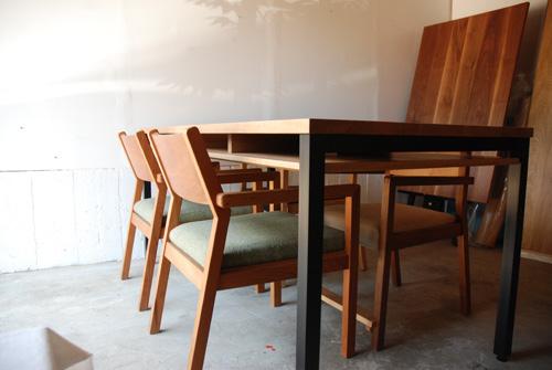 ダイニングテーブル 棚付き/ 4人用 Yチェアのアーム収納 3027イメージ-4