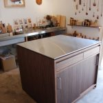 アイランドカウンター・食器棚 ステンレス天板とウォールナット 5045
