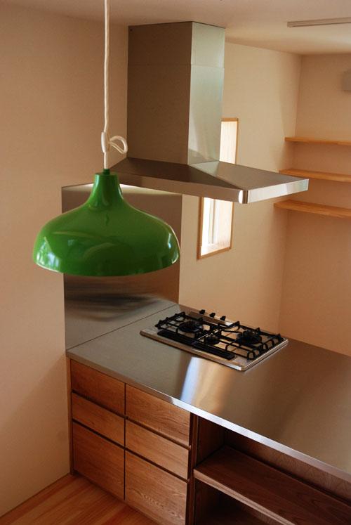 オーダーキッチン リビング収納と一体になった木の家具のような 5025イメージ-2