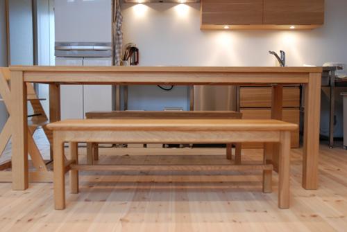 無垢ダイニングテーブルとベンチ ナラ材