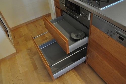 ミーレ25周年モデル食洗機のついたオーダーキッチンとカウンターテーブルを一緒に製作 no.5055イメージ-14