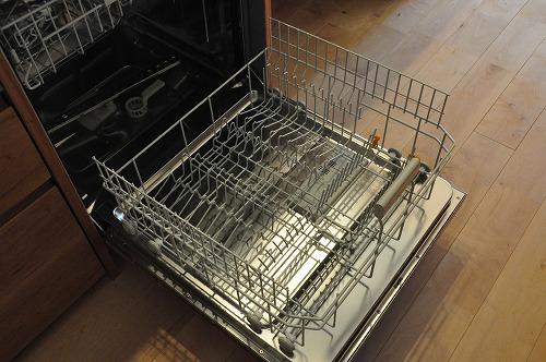 ミーレ25周年モデル食洗機のついたオーダーキッチンとカウンターテーブルを一緒に製作 no.5055イメージ-9