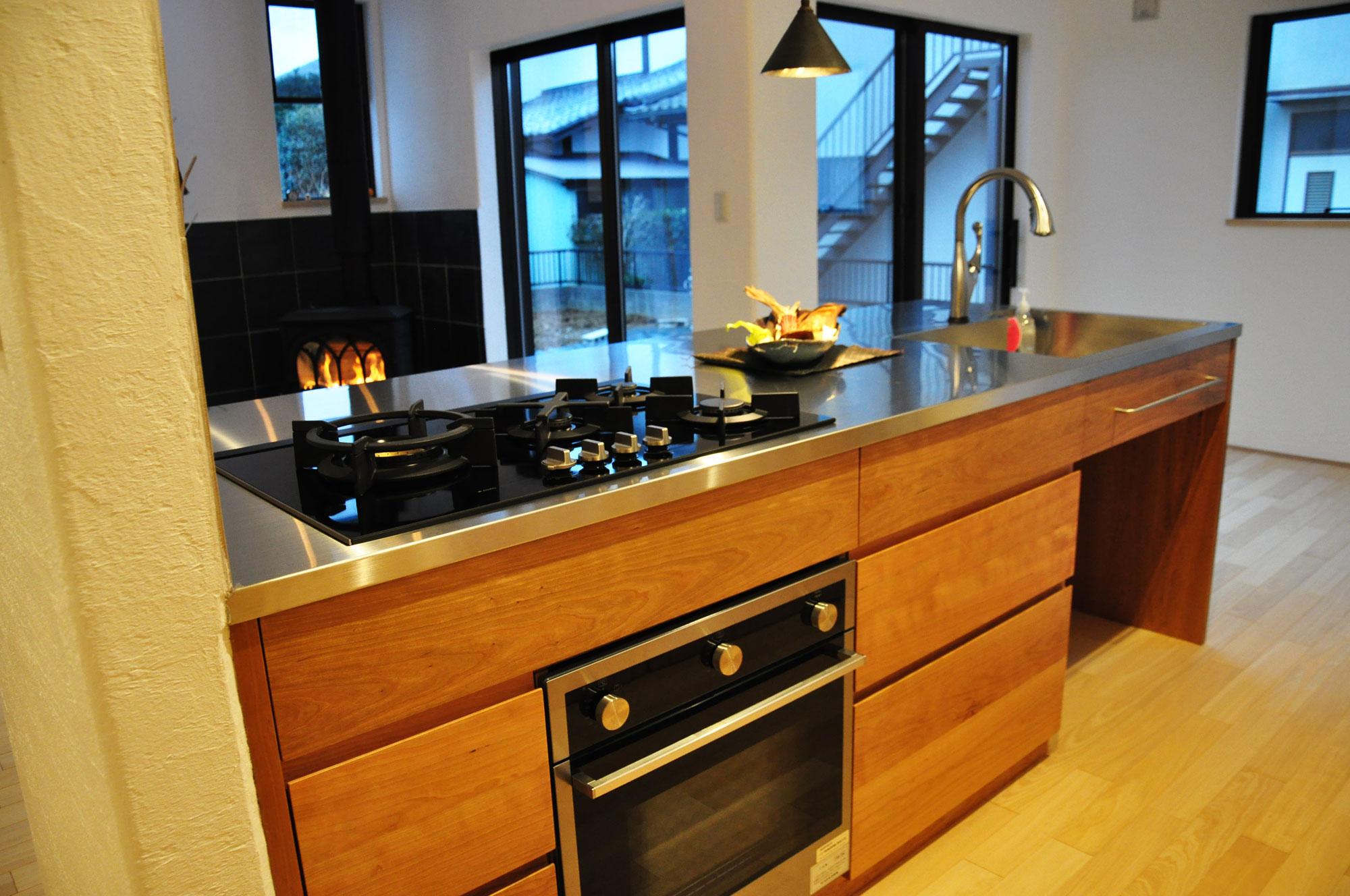 ASKOガスコンロとベルタゾーニのガスオーブンを設置したキッチン no.5056