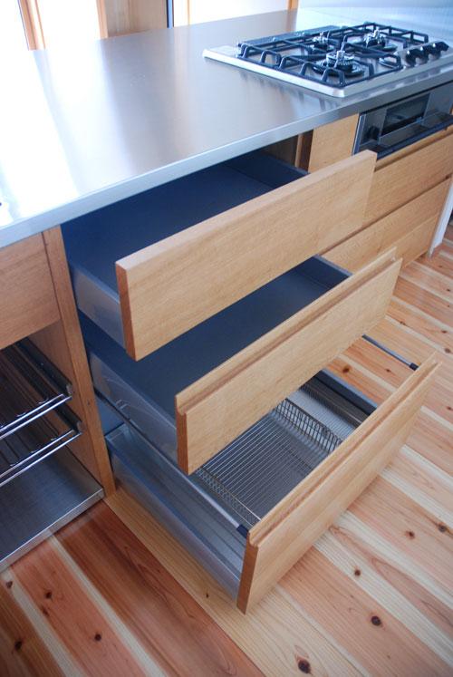 オーダーキッチン 無垢カウンターパネル&木とステンレス 636イメージ-5