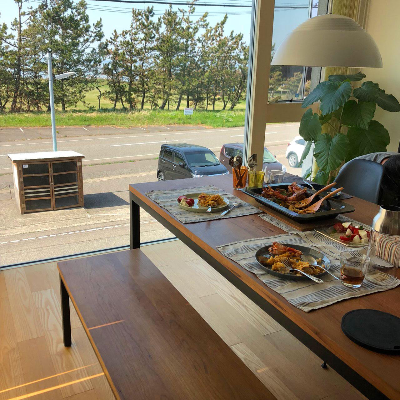 テーブルとベンチをオーダーキッチンと一緒に製作 3029