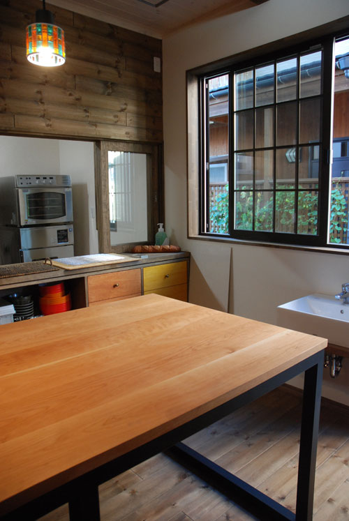 パンこね台としての無垢の作業台テーブルをパン教室に 3031イメージ-2