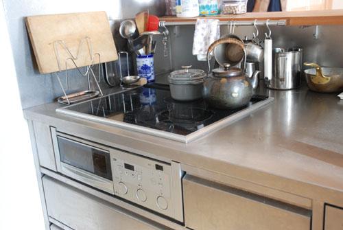 ステンレスオーダーメイドキッチン 手元が隠せる対面キッチン 726イメージ-12