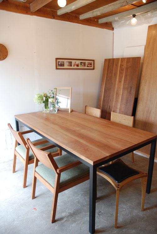 テーブル ブラックチェリー天板&スチール脚 690