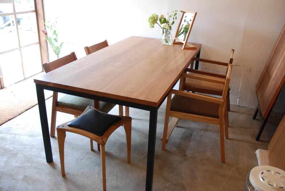 テーブル ブラックチェリー天板&スチール脚 690イメージ-1