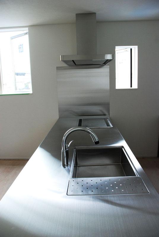 オールステンレスキッチン パンチングステンレスパネル 5017イメージ-1