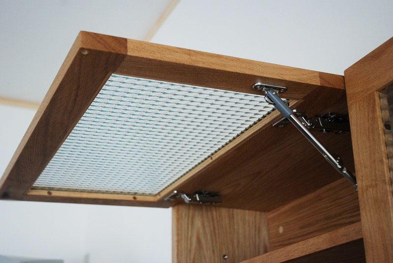 チェッカーガラスの吊り戸棚 596イメージ-4