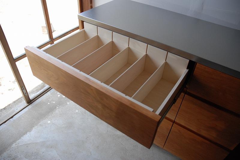 食器棚 米びつスライド棚付き 660イメージ-3
