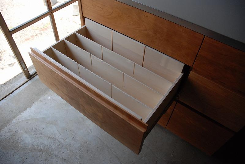 食器棚 米びつスライド棚付き 660イメージ-4