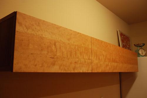 キッチンボードと吊戸棚をチェリー材で 炊飯器収納とゴミ箱収納 682イメージ-5