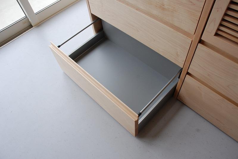 炊飯器も隠せるメープルのマンションキッチン食器棚 761イメージ-3