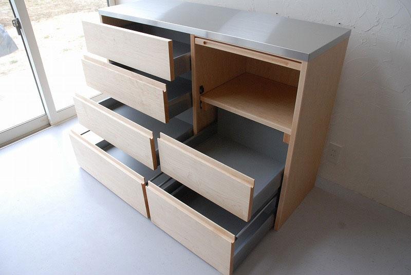 炊飯器も隠せるメープルのマンションキッチン食器棚 761イメージ-5