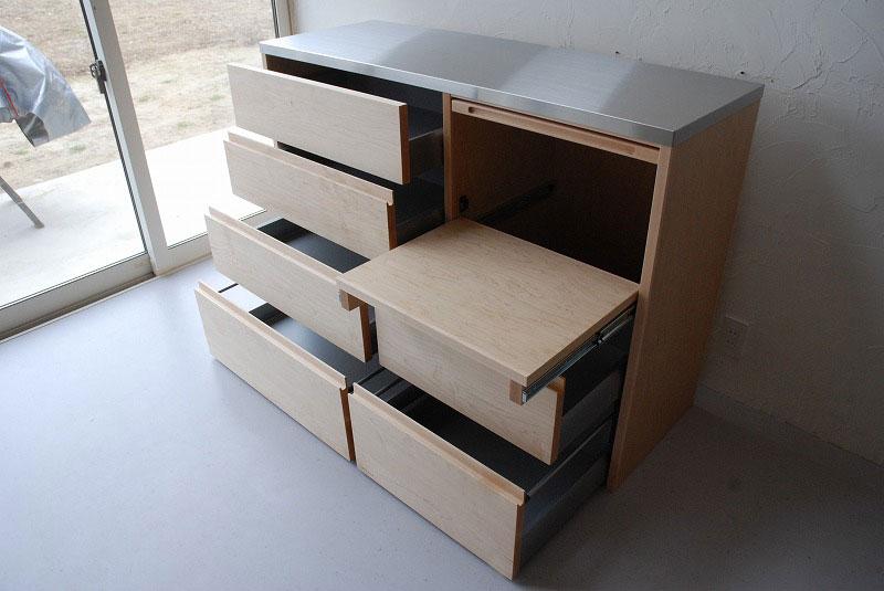 炊飯器も隠せるメープルのマンションキッチン食器棚 761イメージ-6