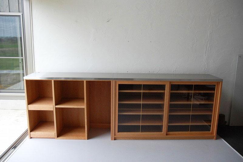 食器棚 分割できるステンレスのカウンター天板チェリー 742