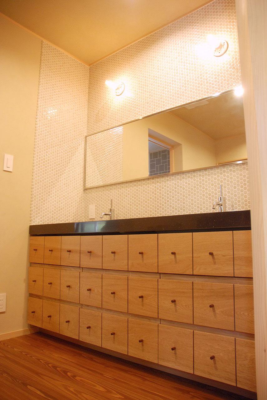 洗面収納/カウンター下収納 ナラ材・ウォールナット材 720イメージ-1