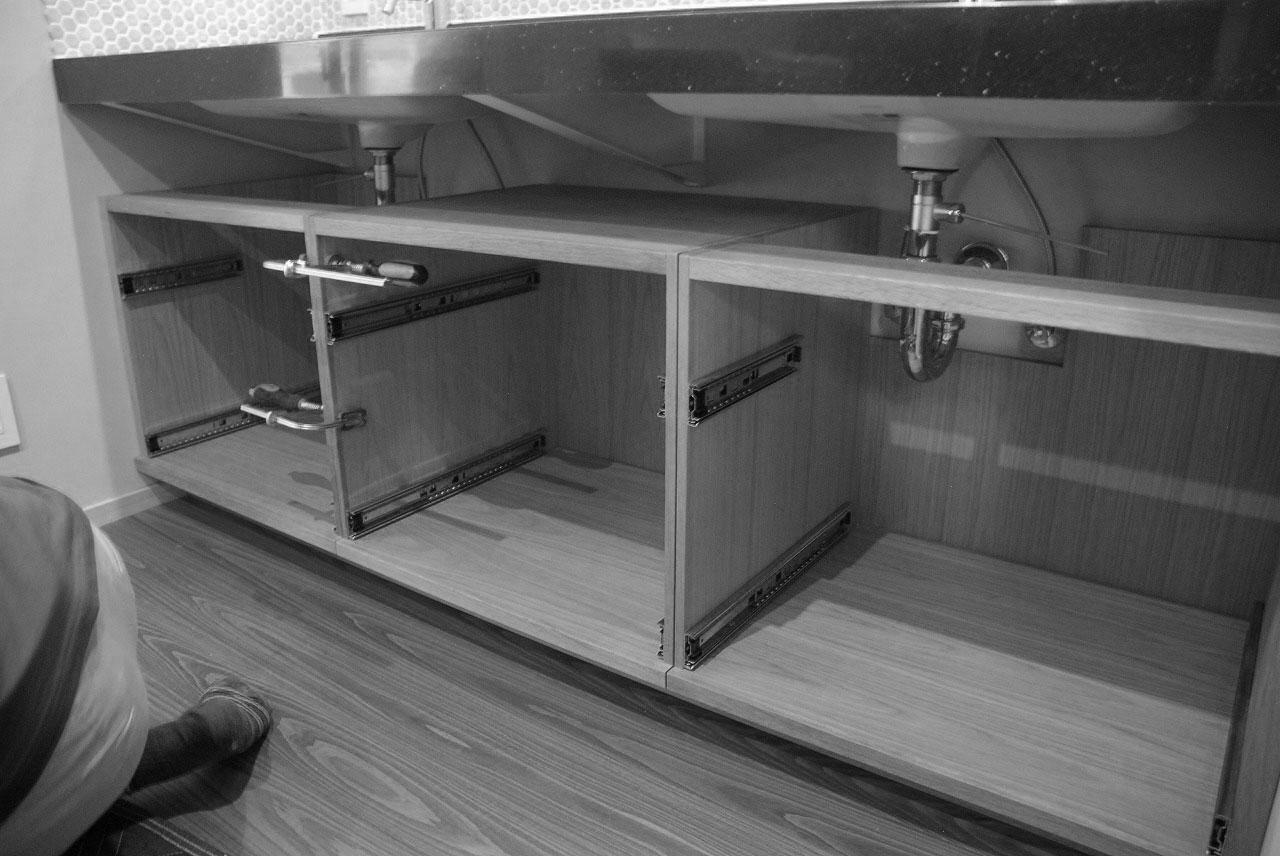 洗面収納/カウンター下収納 ナラ材・ウォールナット材 720イメージ-6