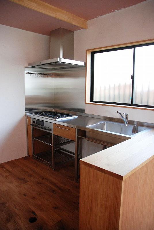 コーナーキッチンのオープン収納カウンター 5058イメージ-1