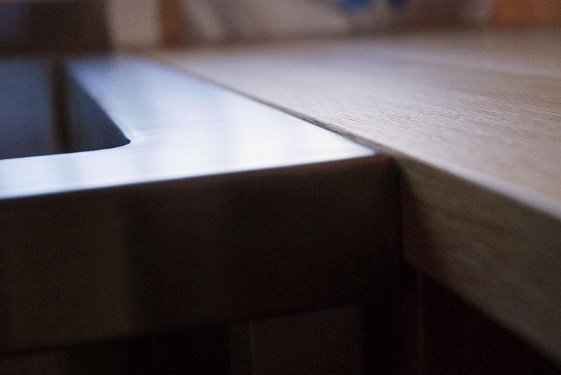 コーナーキッチンのオープン収納カウンター 5058イメージ-4