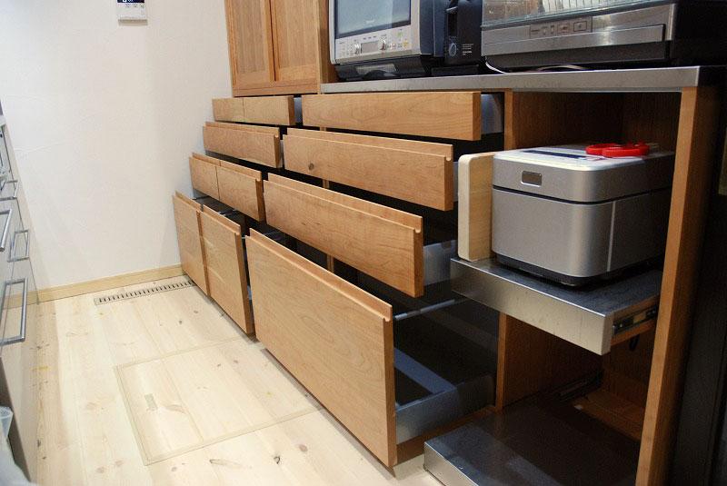 カップボード ハイタイプで引き戸 たっぷり食器収納 755イメージ-1