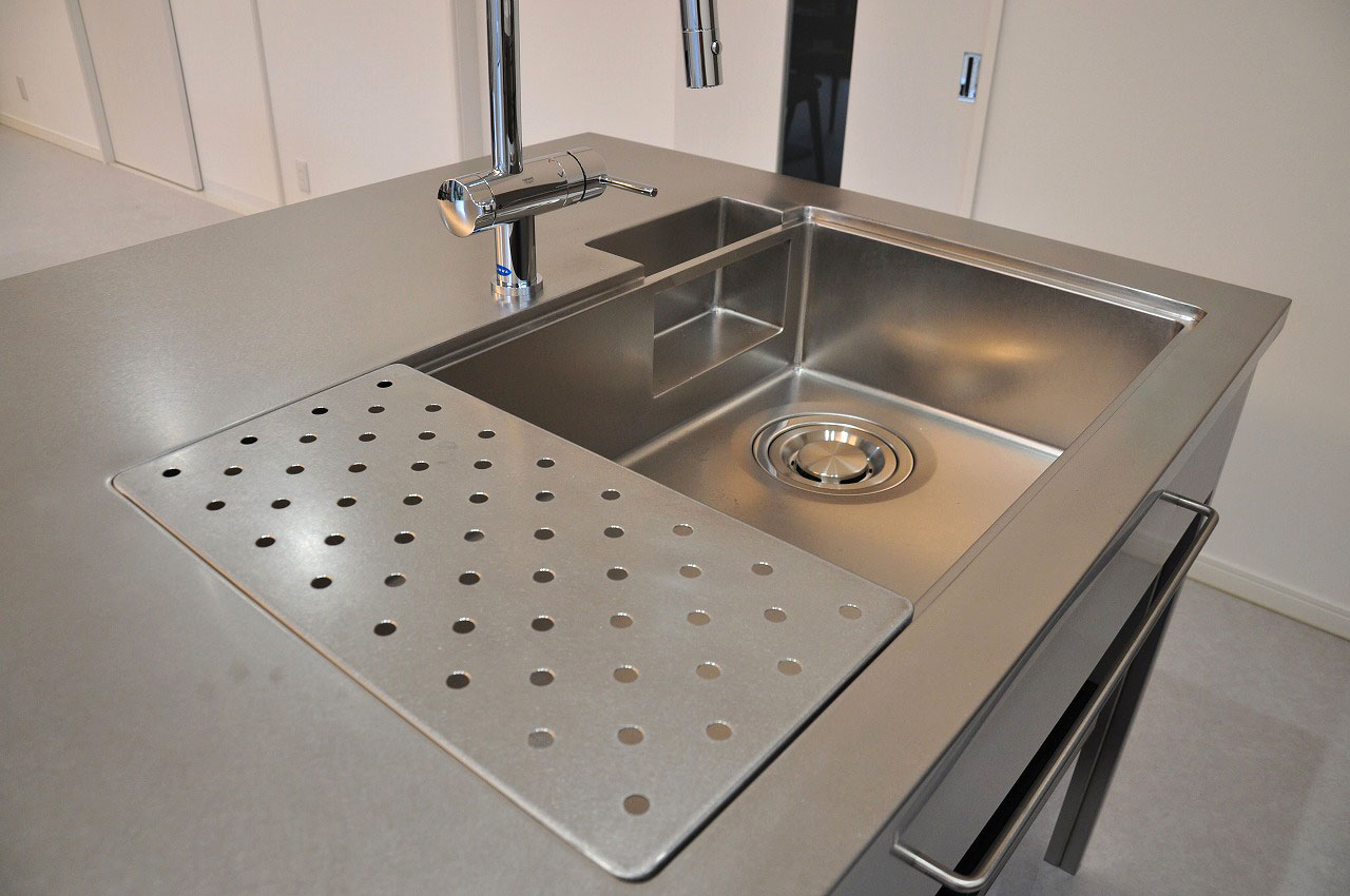 ステンレスオーダーキッチン チェリー無垢&壁面ステンテスボード 765イメージ-4