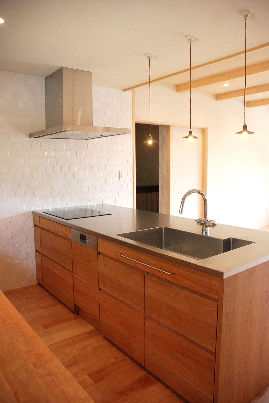 オーダーキッチン チェリーの無垢天板キッチン収納カウンター 740イメージ-7