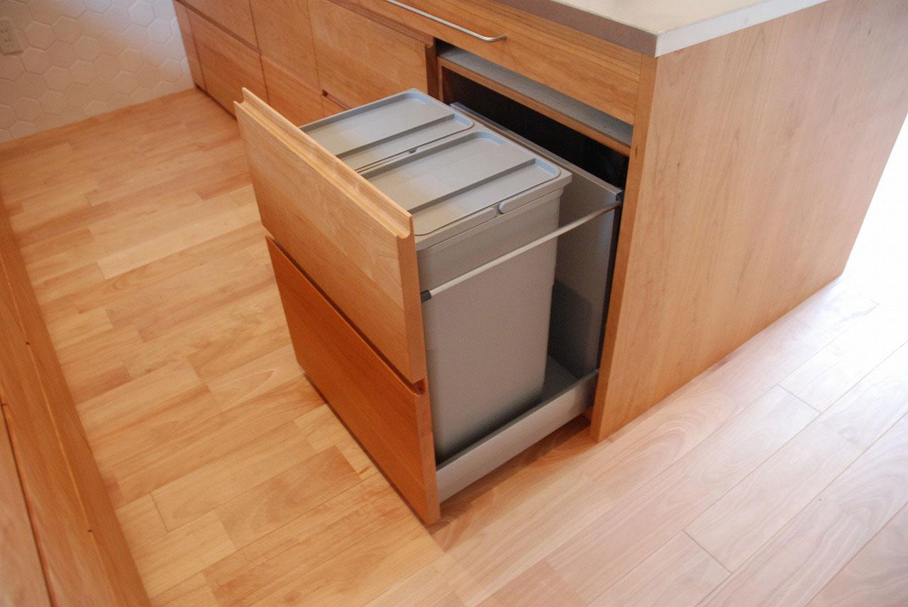 オーダーキッチン チェリーの無垢天板キッチン収納カウンター 740イメージ-11