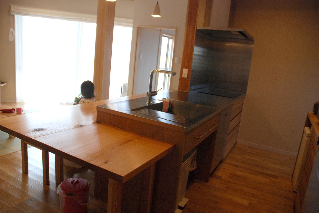 オーダーキッチン ガゲナウ食洗機とAEGのIHクッキングヒーター 730イメージ-1