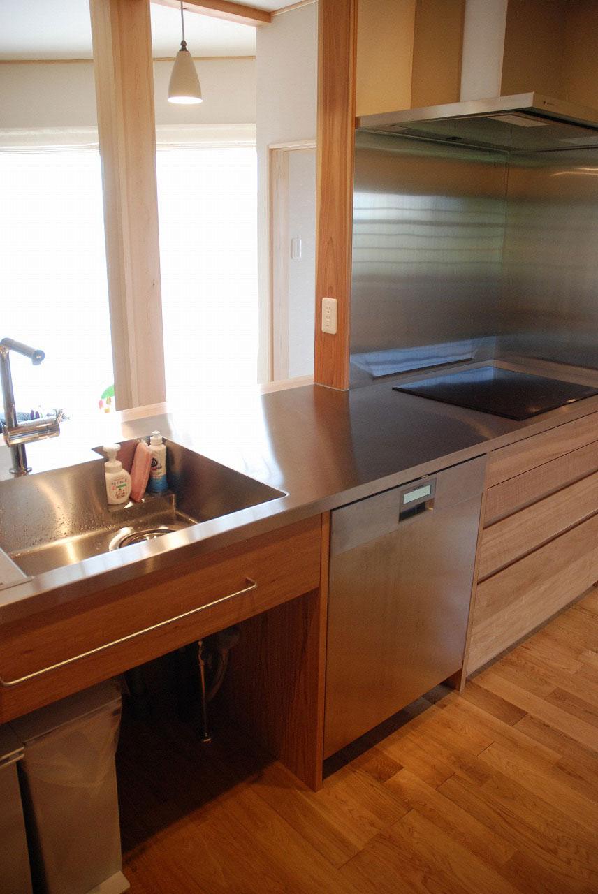 オーダーキッチン ガゲナウ食洗機とAEGのIHクッキングヒーター 730イメージ-2