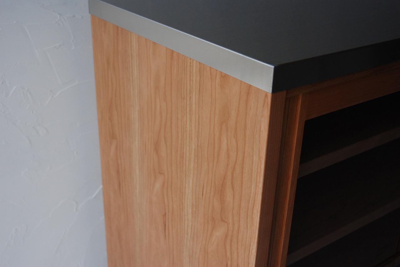 ガラス戸棚のオーダー 真鍮とレンジ台と一緒に 743イメージ-7