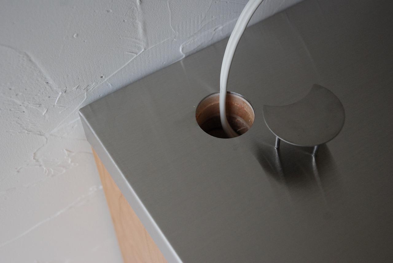 レンジ台に米びつと一升瓶置き場をオーダー ガラス戸棚と一緒に 744イメージ-5