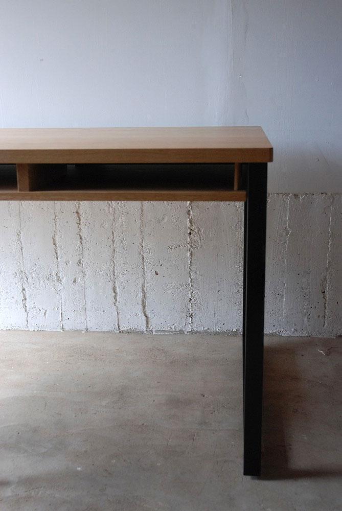 テーブル天板の角を丸くした棚付きダイニングテーブル 3039イメージ-4