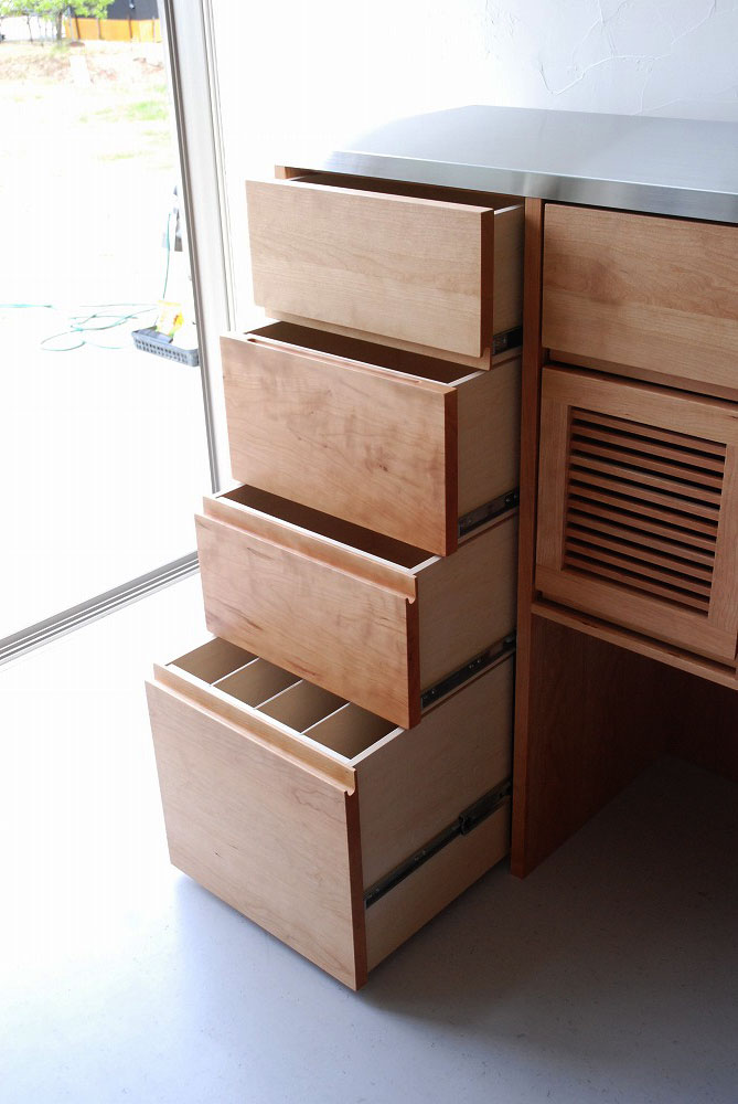 キッチンカウンターのアイランド型 炊飯器とレンジのコンセントも 5061イメージ-4