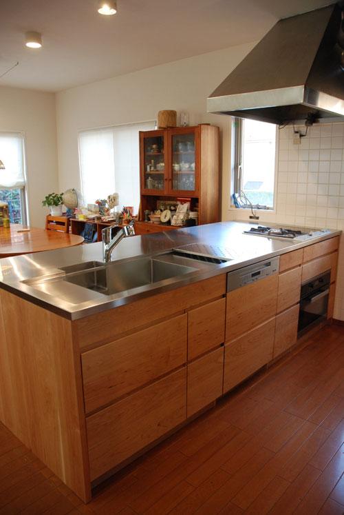 ガゲナウのIHとガスコンロの両方とミーレの電子レンジオーブンのあるキッチンリフォーム no.5062イメージ-13