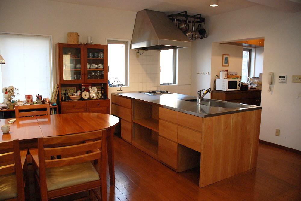 ガゲナウのIHとガスコンロの両方とミーレの電子レンジオーブンのあるキッチンリフォーム no.5062イメージ-11