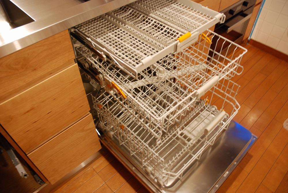ガゲナウのIHとガスコンロの両方とミーレの電子レンジオーブンのあるキッチンリフォーム no.5062イメージ-15