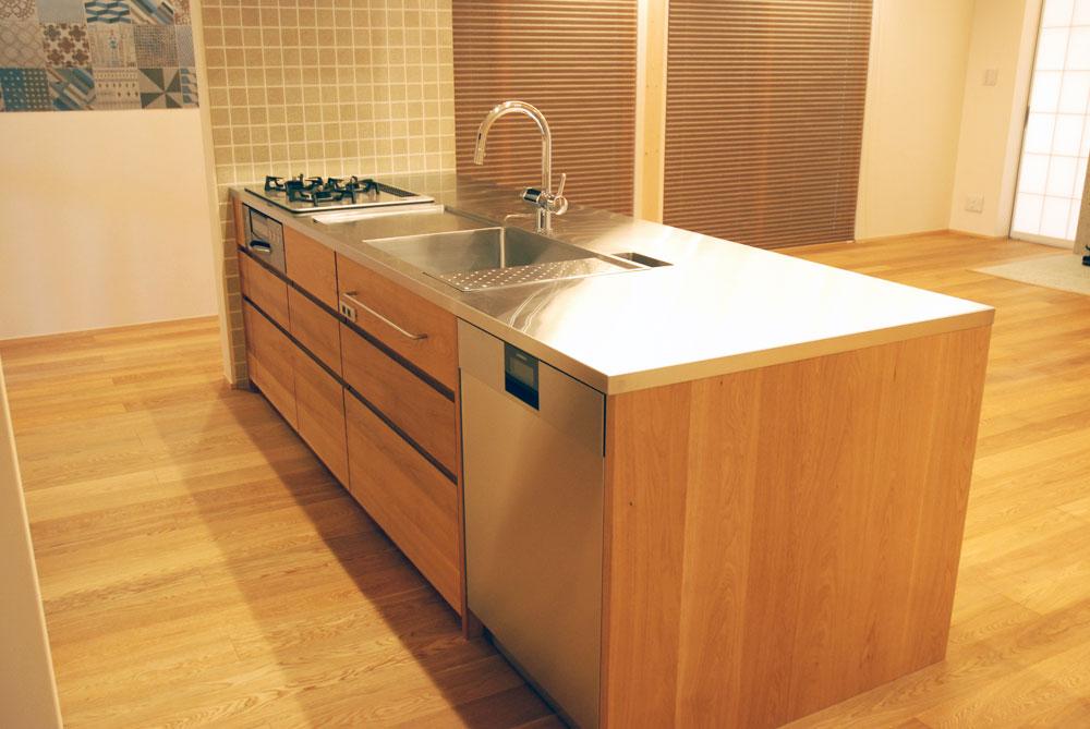 グローエ・グラシア電解水素整水器がついて水切りエリアのあるオーダーシンクのキッチン no.5065イメージ-2