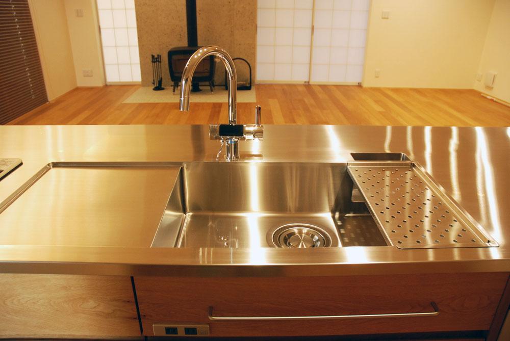 グローエ・グラシア電解水素整水器がついて水切りエリアのあるオーダーシンクのキッチン no.5065イメージ-4